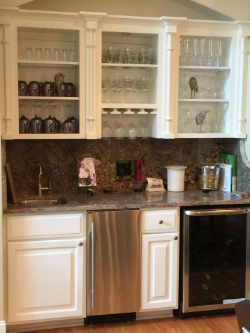 Built in wet bar