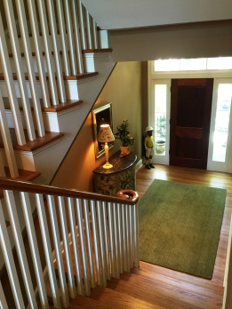 down stairs to front