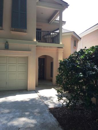 15-front-door-entrance