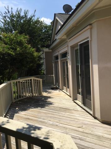 deck-along-back-house
