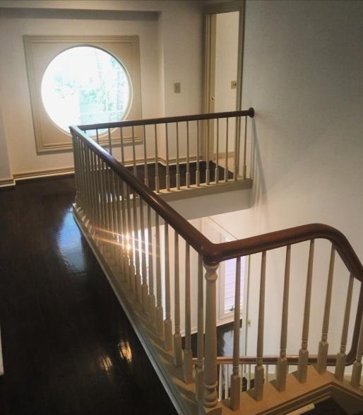 upstairs-area